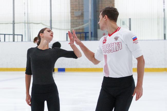 http://www.fsrussia.ru/images/news/nina_mozer_open_skates1718/IMG_5091.JPG