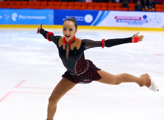 Полина Цурская (пресса с 20 августа 2015) D16B4215